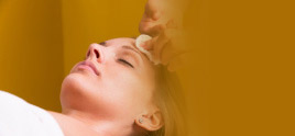dermatologist in Delhi - Exfoliate from Flaky to Fabulous with an Expert Chemical Peel